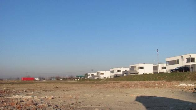 V lokalitě Zelnice má ve druhé etapě vyrůst osmnáct nových rodinných domků.