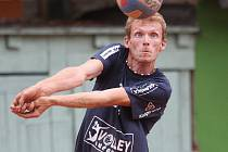Petr Chromý, bývalý extraligový volejbalista se stará o provoz sportovní haly v Rousínově.