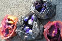 Veterinární inspektoři ve spolupráci s policisty v Jihomoravském kraji zjistili přepravu několika stovek kilogramů krevet a vejce či masové polotvary bez dokladu o původu.