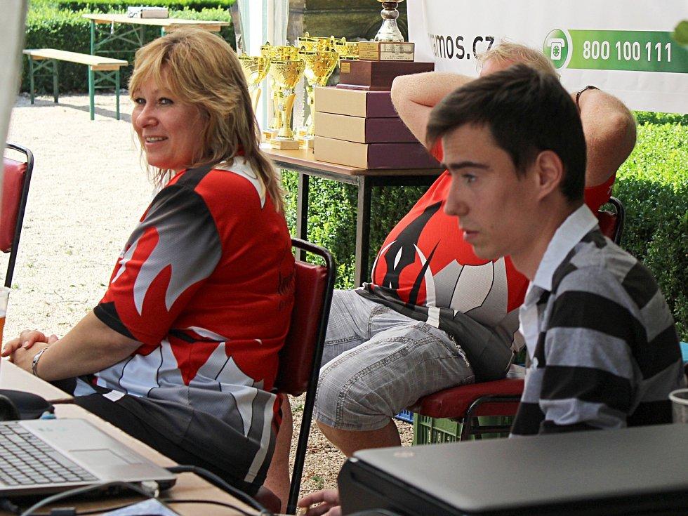 Skoro padesát týmů dorazilo v sobotu na turnaj v pétanque Grand Prix d'Austerlitz do Slavkova u Brna. Návštěvníci mohli vidět okolo sto padesáti zápasů.
