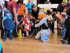 Sobotní odpoledne patřilo v okresním městě dětským karnevalům.