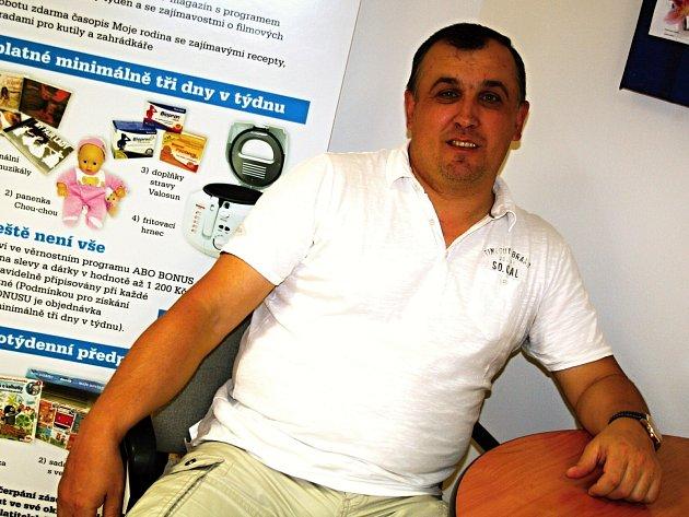 Ĺubomír Sedlák vychovává budoucí tanečníky z Vyškovska víc než dvacet let.