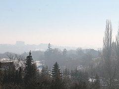 Nejhorší smogová situace na jihu Moravy je podle odborníků ve Vyškově. Na snímku pohled ze Lhoty.