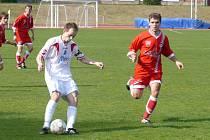 Divizní duel mezi Vyškovem a Velkým Meziříčím přinesl mimo jiné i dostatečnou porci fotbalového důrazu.