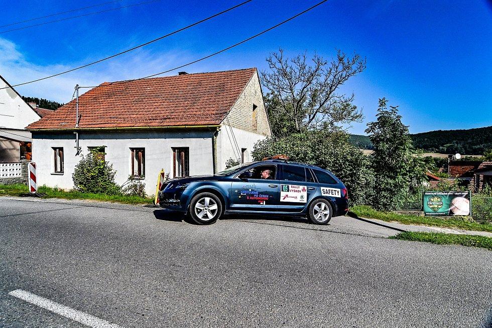 Rally Vyškov se konala o třetím zářijovém víkendu. Na start se postavila stovka posádek. Snímky pocházejí z Topolanska, Račicka a také z depa.