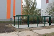 Na sídlišti Osvobození ve Vyškově vznikne z bývalého pískoviště prostor pro kontejnery.