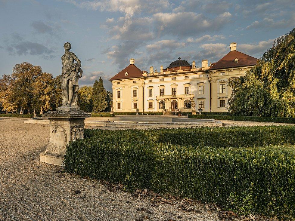 Slavkovský zámecký park. Ilustrační foto.