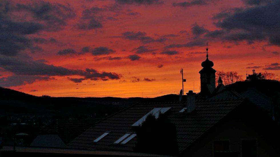 Vyškovsko z ptačí pespektivy. Na snímku západ Slunce.