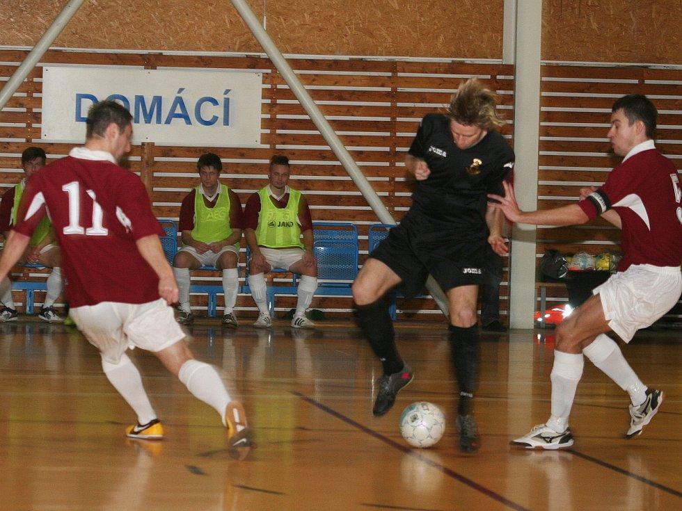 V dohrávce 10. kola východní skupiny II. ligy futsalistů prohrál Amor Vyškov s VŠB TU Ostrava 1:2.