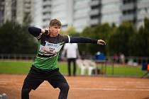 Výkonem 16,22 m se jan Fiala posunul letošní nejlepší koulařský výkon ve své kategorii a do Slavkova dovezl zlato!