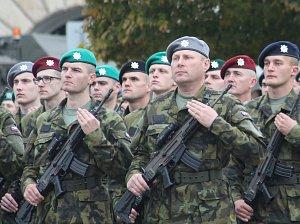 Šest set vojáků odpřisáhlo věrnost republice. Netradičně ve Vyškově