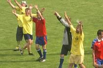 Krásné a veselé odpoledne strávili lidé v Kobeřicích na místním fotbalovém hřišti.