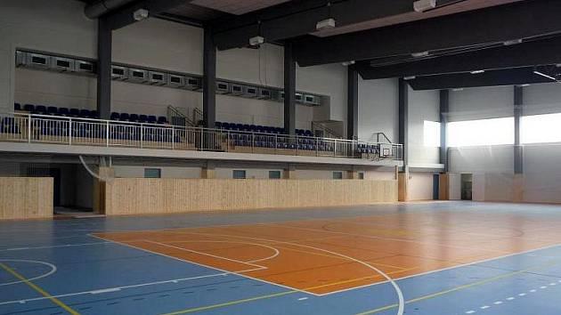 Nová rousínovská sportovní hala.