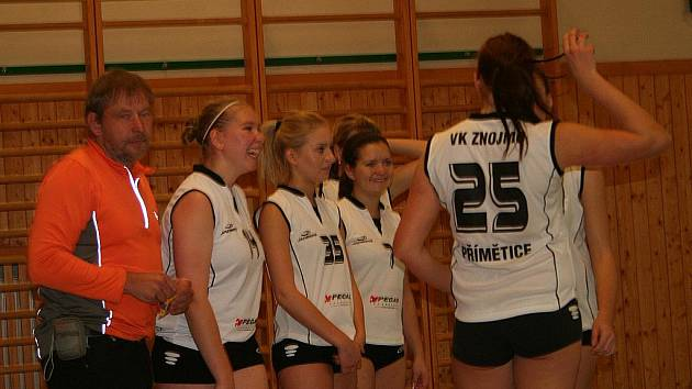 Volejbalové juniorky porazily Znojmo.