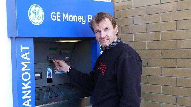 Ivanovičtí se dočkali bankomatu,