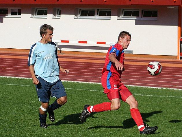 Michal Kollár (vpravo) udolal s vyškovskými spoluhráči před dvěma týdny na domácím hřišti silný Hulín. V neděli se pokusí o něco podobného proti vedoucí Konici.