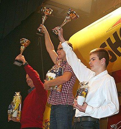 Žák základní školy zKřenovic Michal Žáček se vloňské sezoně vzávodech automobilů do vrchu prosadil imezi juniory.