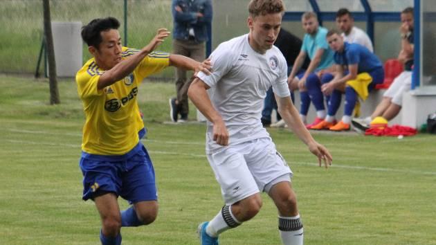 První dva góly ve vyškovském dresu zaznamenal v tomto týdnu, v utkání s Velkou Bíteší a Hodonínem, Dan Jambor, nová posila MFK ze Zbrojovky.