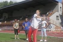 Tribuna tvoří nepostradatelné zázemí atletického stadionu ve Vyškově.