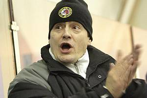 Trenér hokejového Vyškova Igor Apostolidis.
