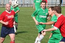 Dědickým fotbalistům se v krajském přeboru v minulých  zápasech nedařilo. Poslední vítězství slavili v domácím utkání s Miroslaví. S Kyjovem se pokusí o zvrat.