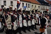 K Napoleonským dnům neodmyslitelně patří vojáci v dobových kostýmech.
