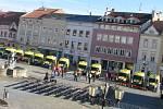 Přípravy na příjezd prezidenta Zemana na vyškovském náměstí.