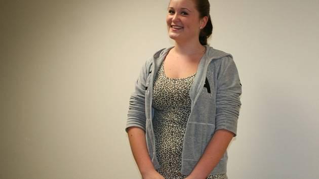 Čtrnáctiletá Zuzana Salcburgerová má ráda divadlo i hru na klavír. Po odmaturování na vyškovském gymnáziu chce studovat medicínu. Nejlépe v zahraničí.