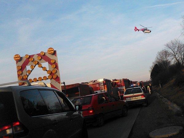 Nedělní nehoda na 218.kilometru ve směru od Brna na Ostravu na hodinu zablokovala dálnici D1.
