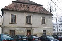Budova tzv. staré pošty v Rousínově 7
