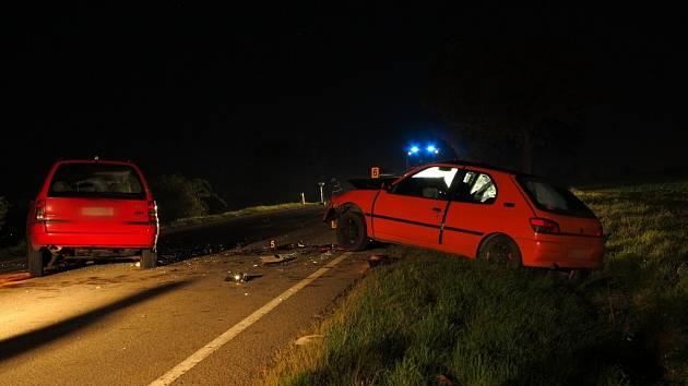 Nehoda dvou aut u Tučap.