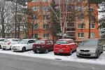 Ve Vyškově Na Hraničkách ničí auta neznámý vandal.