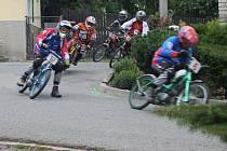 V Rychtářově se jel 15. ročník závodu nejmenších mototek Moped rallye. Na startu se sešlo téměř devadesát strojů bývalých značek Stadion a Jaweta.