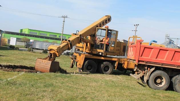 Nové stavbě slavkovského Liko-su mají pomoct přírodní zdroje.