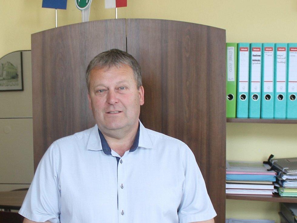 Starosta Hlubočan Antonín Kopřiva.
