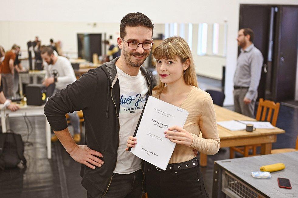 V Městském divadle Brno zahájili umělci zkoušky komorního muzikálu První rande.