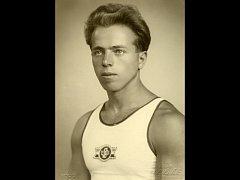 Je tomu přesně 80 let, co rodák z Račic-Pístovic Alois Hudec přivezl z olympiády v Berlíně zlatou medaili. Také o tomto úspěchu pojednává nová kniha Dagmar Stryjové.