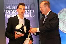 Město Vyškov vyhlásilo své nejlepší sportovní reprezentanty za rok 2018. Nejlepším sportovcem je ragbista Martin Kovář, nejoblíbenějším moderní gymnastka Dana Suchomelová, která je zároveň i sportovní hvězdou čtenářů Vyškovského deníku Rovnost.