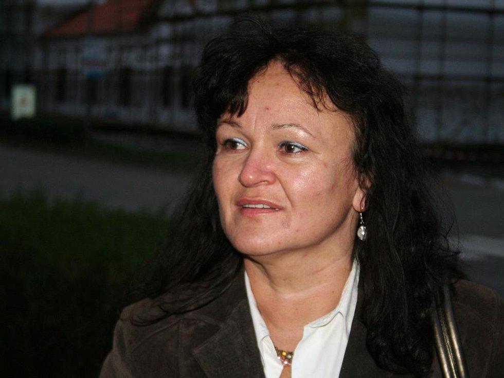 Anděla Doležalová,  42 let,  bez zaměstnání