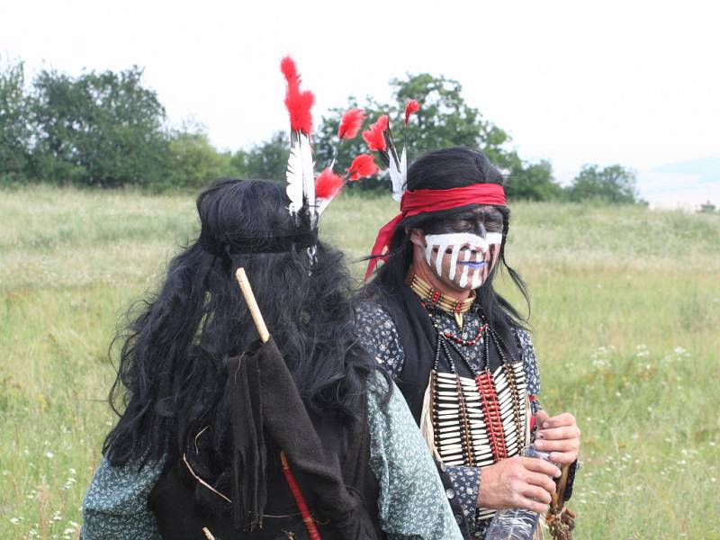 Tradiční akce s názvem Olšany open na Farmě Bolka Polívky se letos nesla ve znamení veřejného natáčení filmu Hon. Bohatý program vyvrcholil jeho premiérou.