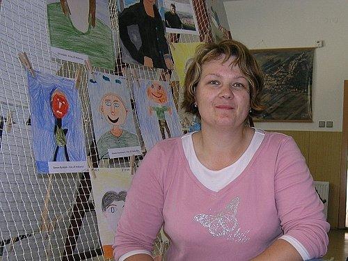 Přípravy na výstavu jsou v plném proudu. Na snímku Iveta Zástřešková.