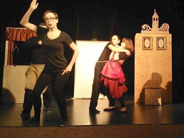 Nedávno vzniklé Studio Divadla Haná představí v sobotu premiéru své prvotiny Tři z Fimfára.