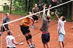 V sobotu se v Lulči fanouškům opět představí extraligoví, amatérští i rekreační volejbalisté. Snímky jsou z minulých ročníků.