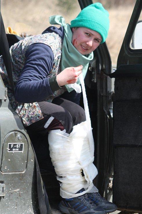 Cílem kurzu je snížit ritiko ohrožení života novinářů a humanitárních pracovníků v oblastech, kde zuří válka.