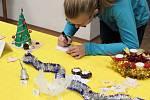 Děti vyráběly vlastní dekorace.