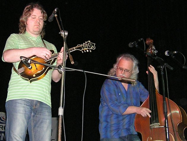 Na úvod vystoupí na přehlídce Poutníci. Její kapelník Jiří Karas Pola (vpravo) oslavil v březnu padesátiny.