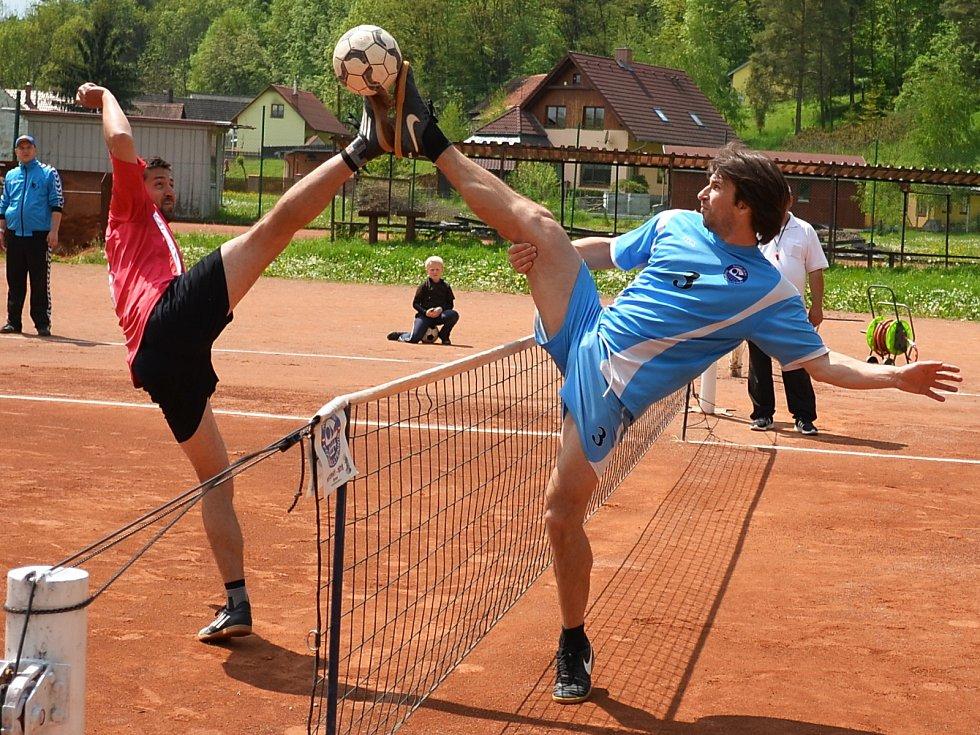 Ve II. lize nohejbalistů prohrál SK Bělá s R.U.M. NK Holubice 3:6.