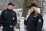 Policisté kontrolují chaty v okolí Lulče.