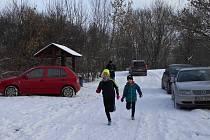 V desátém závodě klubového Koronavirového běžeckého poháru v Hošticích běželi závodníci AK Drnovice poprvé na sněhu.