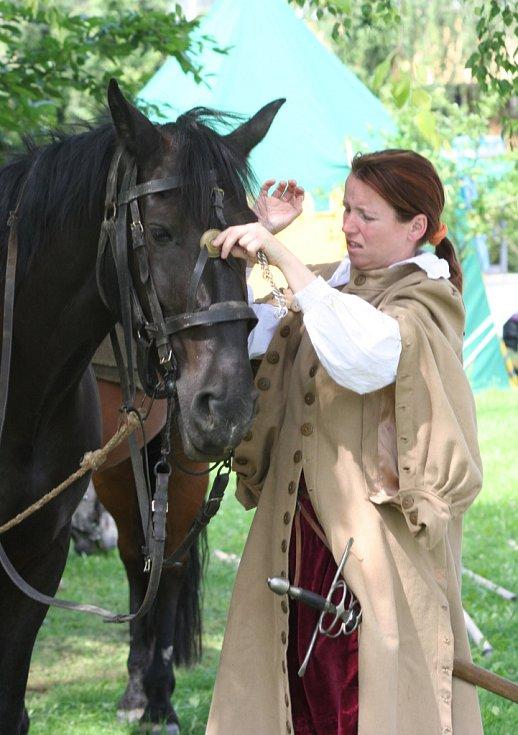 Bučovice zažily další Městské slavnosti. Už podruhé se při nich při rekonstrukci bitvy z roku 1645 pokusilo švédské vojsko dobýt zámek. Neúspěšně. Spojené síly Bučovanů nepřítele odrazily a zahnaly na útěk.
